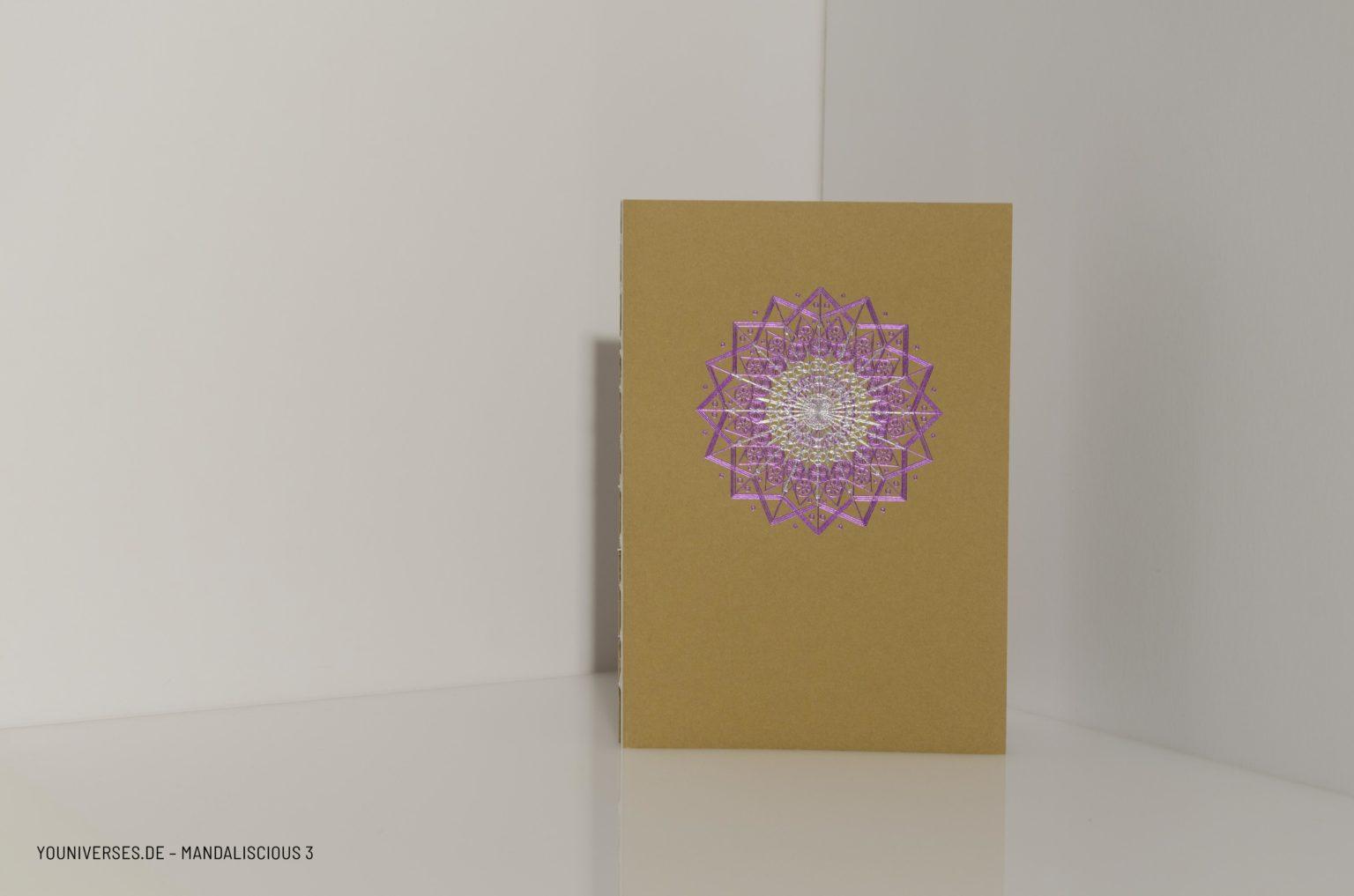 Youniverses, Reihe: mandaliscious Design-N°.: 3 Farben: Violett & Silber, Yournal, Journal, Diary, Bulletjournal, Tagebuch, Skizzenbuch, Veredelung, DIY, Handmade, Papeterie.